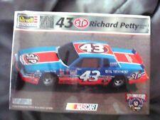 43 Richard Petty Model Kit Factory Sealed