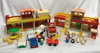Fisher Price Vintage Little People Play Family Village #997- Incomplete w/ Extra