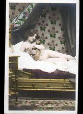 """CARTE-PHOTO """"NU"""" Art déco 1900-1920 / FEMME & CHIEN Pause au LIT"""