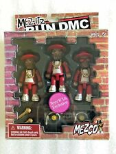 NEW Mez-Itz Mezco Run DMC Red Track Suits Figures Set Toys R Us 2002