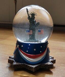 "Statue of Liberty Snow Globe Music Box National Anthem By Hallmark 6"""