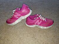 NEW BALANCE 715 PINK SNEAKERS WALKING RUNNING COMFORT SHOES WOMEN'S SIZE 7.5