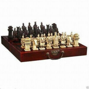 2019 Chinese Dragon wood Leather box with 32 Chess Set