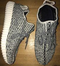 Zapatillas para hombre Yeezy Boost Adidas Talla 9.5!!! Excelente Estado!!!