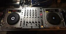 Pioneer CDJ-800 MK2 DJ Professional CD Turntables Set of 2  Great Condition
