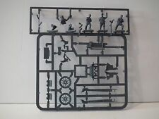 Armourfast 1/72 Scale LEFH18 105MM HOWITZER & CREW Model Kit - Contains 1  Model