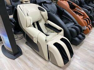 Showroom Cream Sana Massage Chair Zero Gravity Massaging Recliner by Human Touch