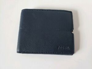 New FOSSIL Pebbled Leather Navy Blue Bi-Fold Wallet Built In Elastic