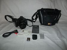 Canon PowerShot SX30 IS 14.1MP Digital Camera Black Bundle Case Charger battery+