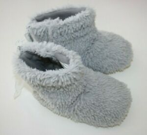 Baby Old Navy Gray Fuzzy UNISEX FAUX FUR Slippers WARM Booties Child Size L /10