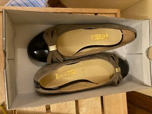 GABOR BLACK/BEIGE LEATHER/SUEDE SHOES, SIZE 5/38, NEW IN BOX NEVER WORN