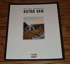 Original 1997 Chevrolet Astro Van Sales Brochure 97 Chevy
