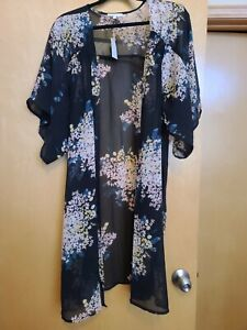 Maurices~New With Tags~Black Floral Long Kimono~Size 0