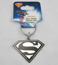 BLACK AND SILVER SUPERMAN  KEY CHAIN  NEW  MAN OF STEEL DC  K0036