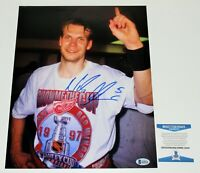 DETROIT RED WINGS NICKLAS LIDSTROM SIGNED 11X14 PHOTO 1997 STANLEY CUP BECKETT