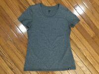 REI Co-Op Women's Gray Stretch Short Sleeve T-Shirt Tee Top Size M