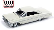 Auto World Ford Galaxie 500 1964 Cream White 64222 A 1/64
