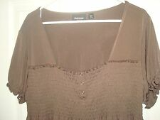 Avenue Brown Smocked Bust Empire Waist Top Blouse Tunic Plus Size 26/28 4x NWOT