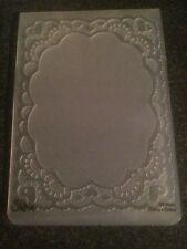 SIZZIX EMBOSSING FOLDER SCALLOP OVAL LACE FROM LARGE A6 NEW FITS MOST MACHINES