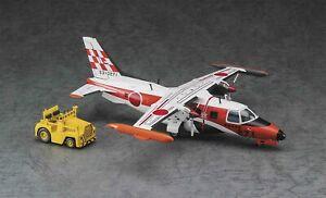 "Hasegawa 1/72 Mitsubishi MU-2J ""Flight Check Squadron"" w/Tractor Model Kit"