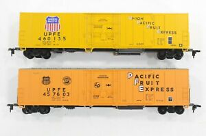 HO 2 Athearn Union Pacific Fruit Express 57ft Mechanical Refrigerator Cars Xlnt