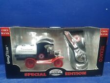 1999 Gearbox 1:24 TEXACO 1912 Ford Oil Tanker Metal Coin Bank & Task Tool New