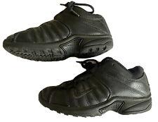 Nike Boys Kids Youth Black Basketball Tie Shoes Size 2.5