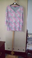 WOMENS DECORATIVE TOP SIZE 20.