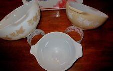 3 Vintage PYREX Sandalwood Milk glass Nesting Mixing Bowl LOT   White Tan IVY