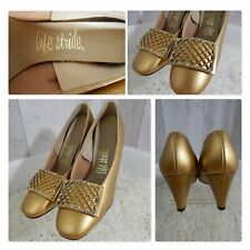 93d87a83b NOS~CHUNKY HEELS~Vintage c1970s GOLD METALLIC PUMPS SHOES Size 5 6B