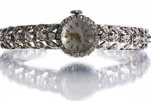 Brilliant Uhr, Weißgold 750 / 18 K, 54 Brillianten, Handaufzug, Damenuhr