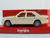 "Herpa 042284 Mercedes-Benz E 320 Limousine (1993-1995) ""TAXI"" 1:87/H0 NEU/OVP"