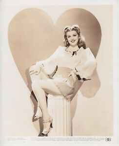 Rare Original Dolores Moran leggy pin up 8x10 photo (II)