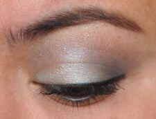 Sue Devitt Defining Eyeliner HVITA