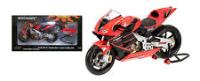Minichamps Valentino Rossi Honda Summer Test Bike 2001 1/12 Scale