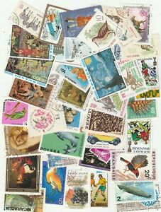 250 pcs LOT OF USED WORLD DIFFERENT STAMPS free shipping fromGREECE