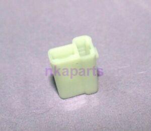 holden cream  gm plastic female plug Connector Plugs