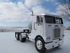 DCP 1/64 SCALE WHITE FREIGHTLINER CABOVER WHITE WITH BLACK FRAME