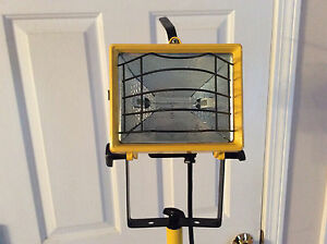 "Vntg UL Listed Model 14F7 INDUSTRIAL TRIPOD FLOOR LAMP Yellow 70"" metal light"