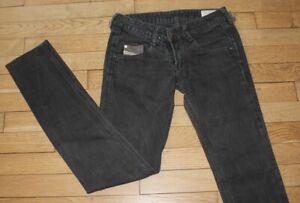 DIESEL Jeans pour Femme W 26 - L 32 Taille Fr 36 CLUSH (Réf #O079)