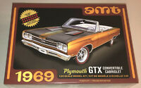 AMT 1969 Plymouth GTX Convertible 1:25 Scale Model Kit New 1137