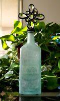 C I HOOD & CO LOWELL MASS APOTHECARIES HOODS SARSA PARILLA Bottle