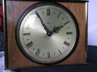 Vintage metamec Lounge wall clock working