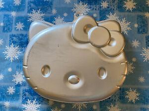 Wilton 2105-7575 Hello Kitty Cake Pan Baking Mold Used