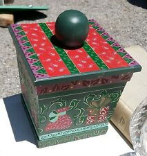 Beautiful Green Floral Designed Wooden Square Counter Box