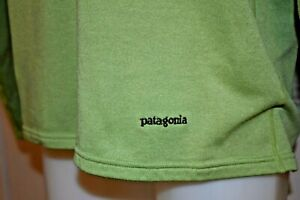 PATAGONIA Large Men's L/S POLARTEC Poly Spandex 1/2 Zip Pullover Green
