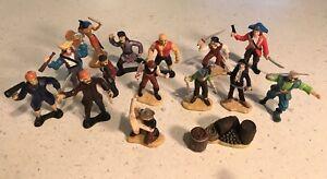 Safari Ltd. Pirates Mini Figures Lot of 16 figures and Accessories