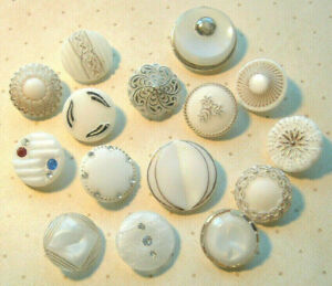 LOVELY LOT OF 15 FANCY VINTAGE WHITE GLASS BUTTONS MOONGLOWS RHINESTONES FLORAL