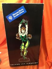 "POISON IVY BATMAN WARNER BROS. STUDIO STORE 18"" FIGURINE EXCLUSIVE"