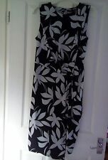 WOMENS M&S FLORAL DRAPE BODYCON DRESS SIZE 12 BNWT WEDDING/ TEA PARTY ETC